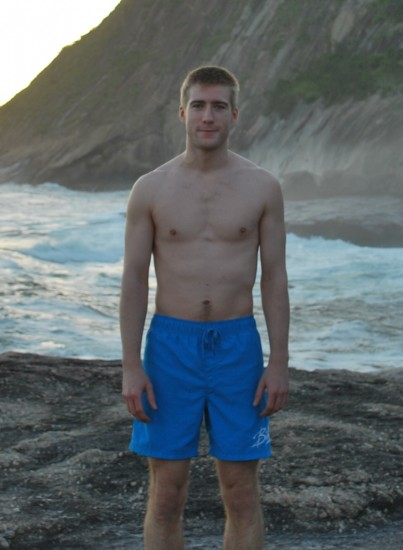 Before : December 2011, 6 months before going Paleo, 77kg, 3 Muay-Thai sessions per week + 2 bodyweight conditionning sessions per week.